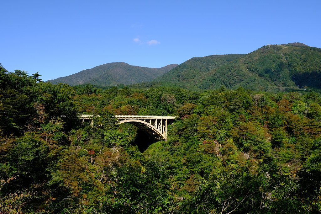 鳴子レストハウスからの鳴子大橋の風景写真