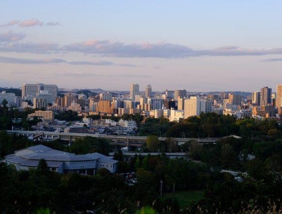 仙台城跡公園から見た仙台市内展望風景の写真