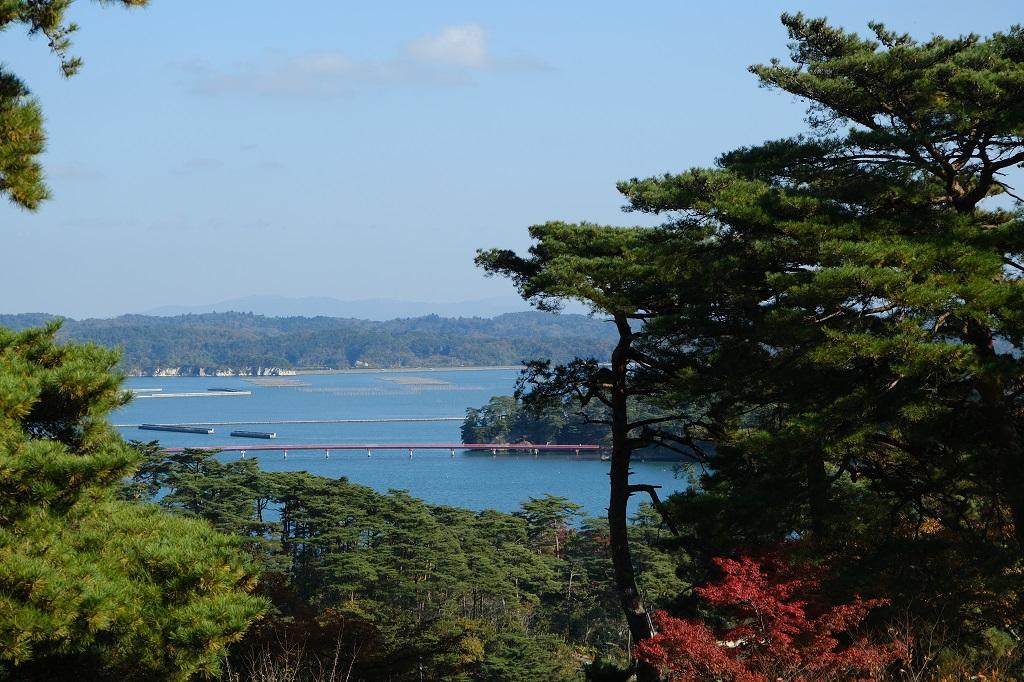 ホテル松島大観荘から見た福浦橋の写真