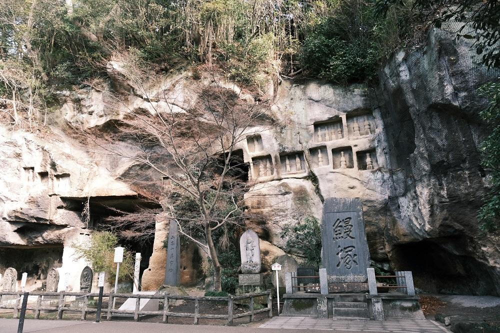 瑞巌寺の参道わきの風景