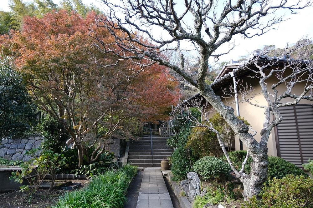 英勝寺の境内の風景の写真