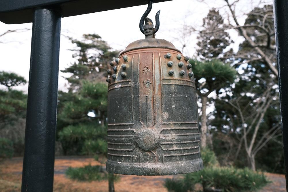西行戻しの松公園の白衣観音の鐘