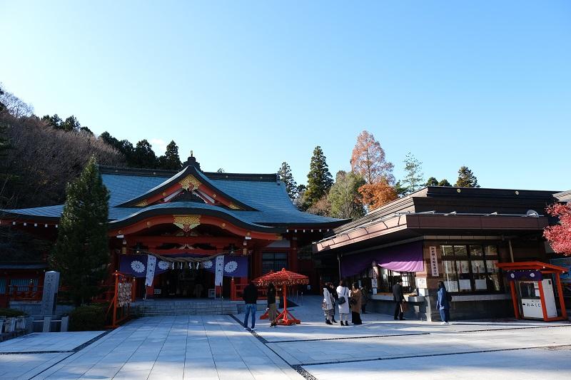 仙台護国神社の本殿全景の写真