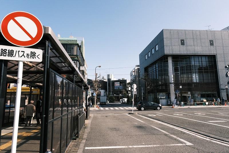 鎌倉駅から鶴岡八幡宮へのアクセス