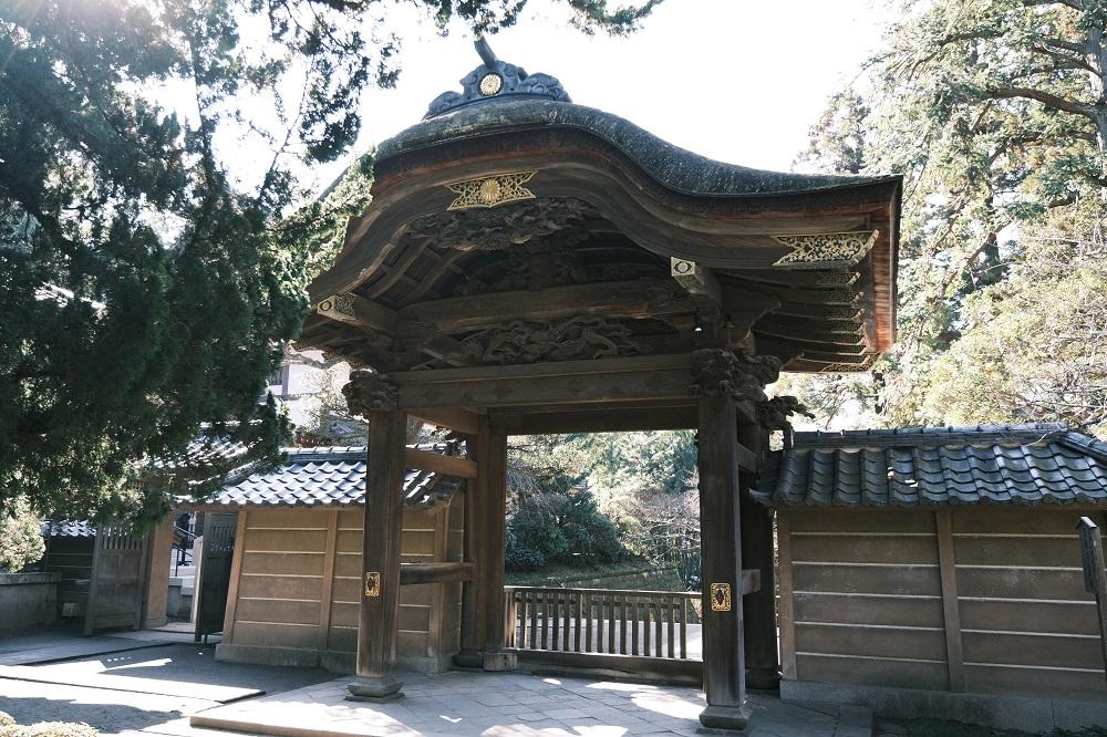 円覚寺方丈の正門