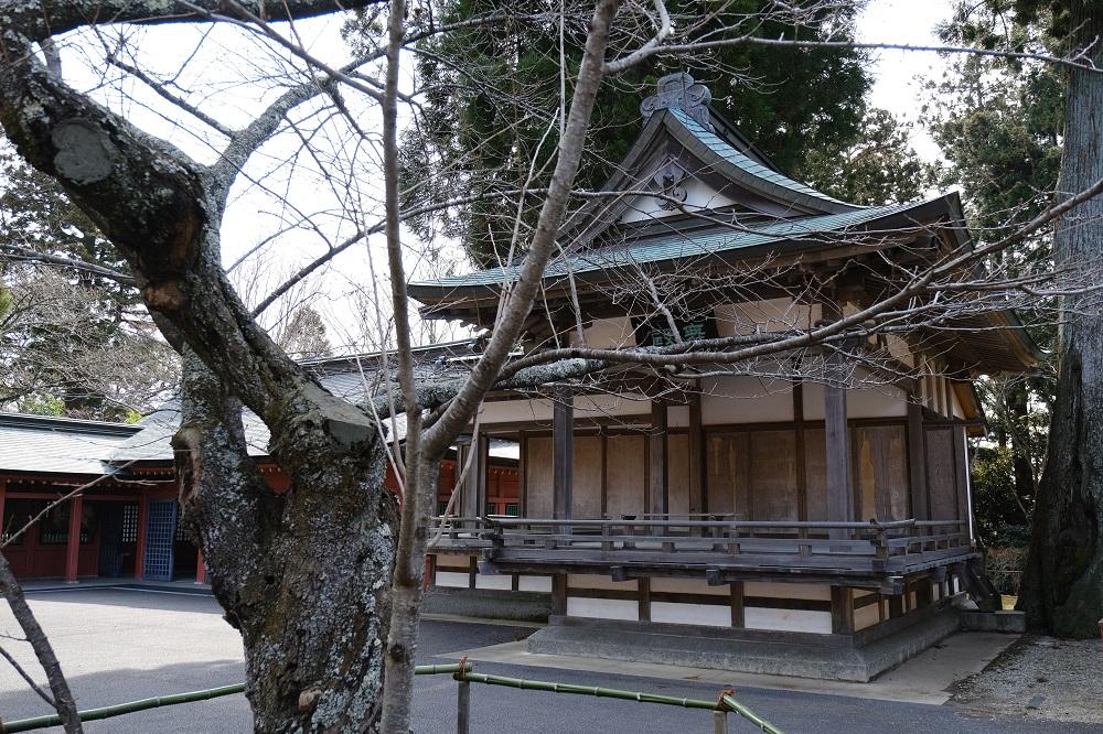 塩竃神社の2月の舞殿の風景写真