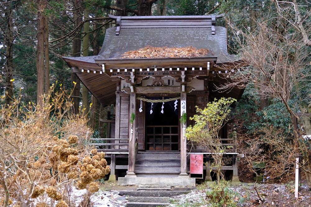 月見坂八幡堂の写真