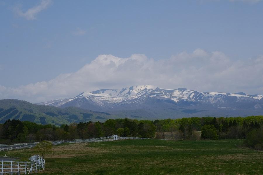 栗駒山の5月の風景写真